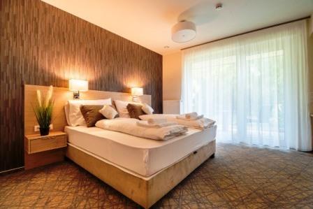 easy suites hévíz kétágyas szoba